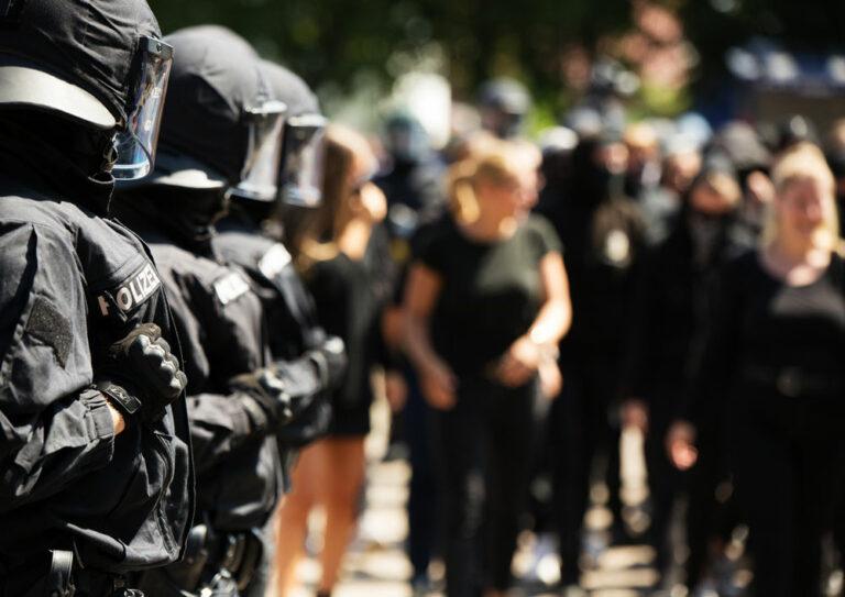 Bereitschaftspolizei bei einer Demonstration